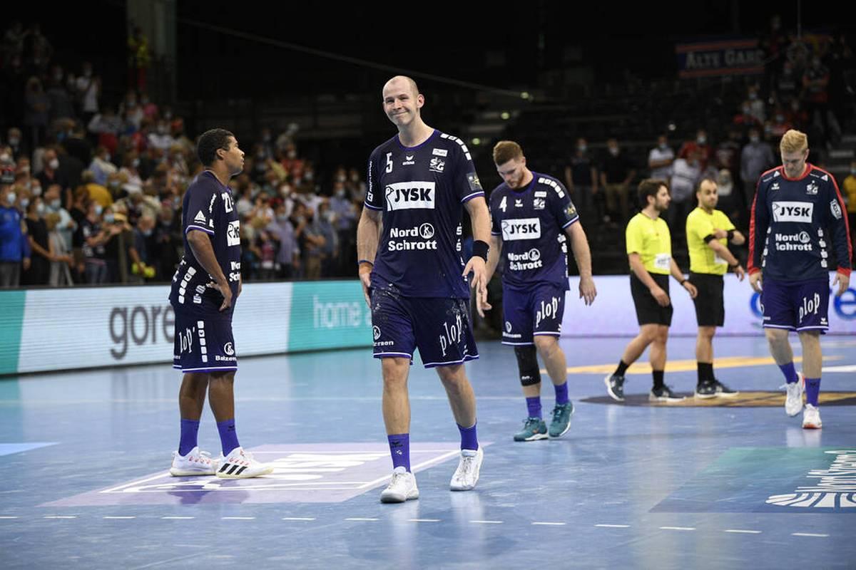 Die SG Flensburg-Handewitt liefert dem Titelverteidiger zum Auftakt der Champions-League-Saison einen harten Kampf. Zum Sieg reicht es aber nicht.