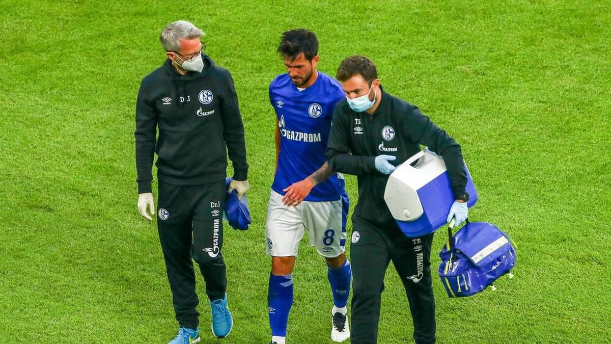 Danny Latza (Mitte) fehlt Schalke für längere Zeit.