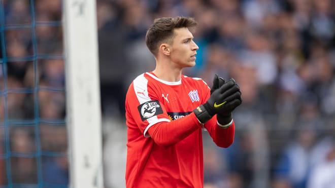 Der VfL Osnabrück mit Torhüter Nils-Jonathan Körber steuert in Richtung zweite Liga