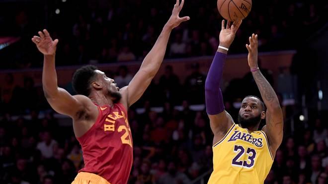 LeBron James von den Los Angeles Lakers ist viermaliger MVP