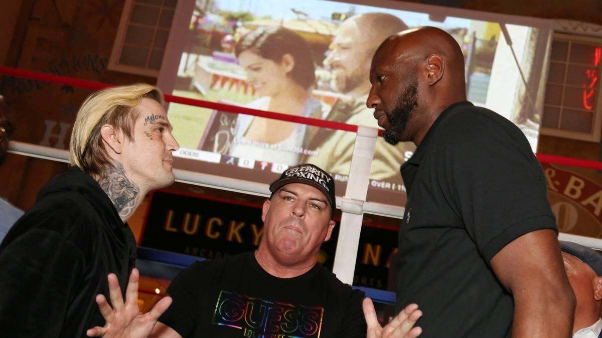 Aaron Carter (l.) und Odom Lamar steigen in den Ring