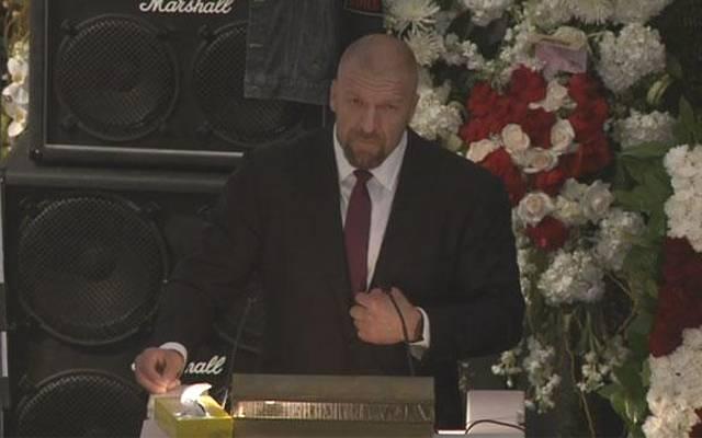 Triple H sprach bei der Beerdigung von Motörhead-Frontman Lemmy Kilmister