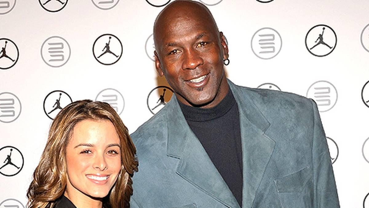 An Weihnachten 2011 verlobt sich Jordan mit Dauerfreundin Yvette Prieto. Zwei Jahre später geben sich beide das Ja-Wort.