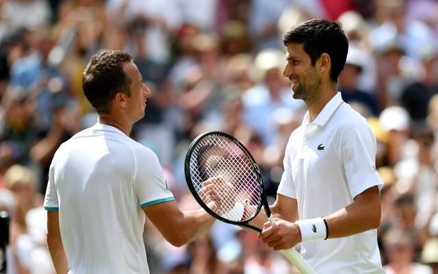 Philipp Kohlschreiber (l.) scheiterte an Novak Djokovic