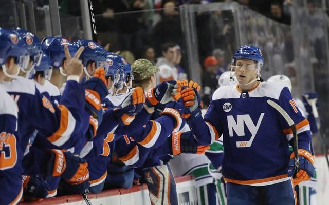 Vancouver Canucks v New York Islanders mit Tom Kühnhackl