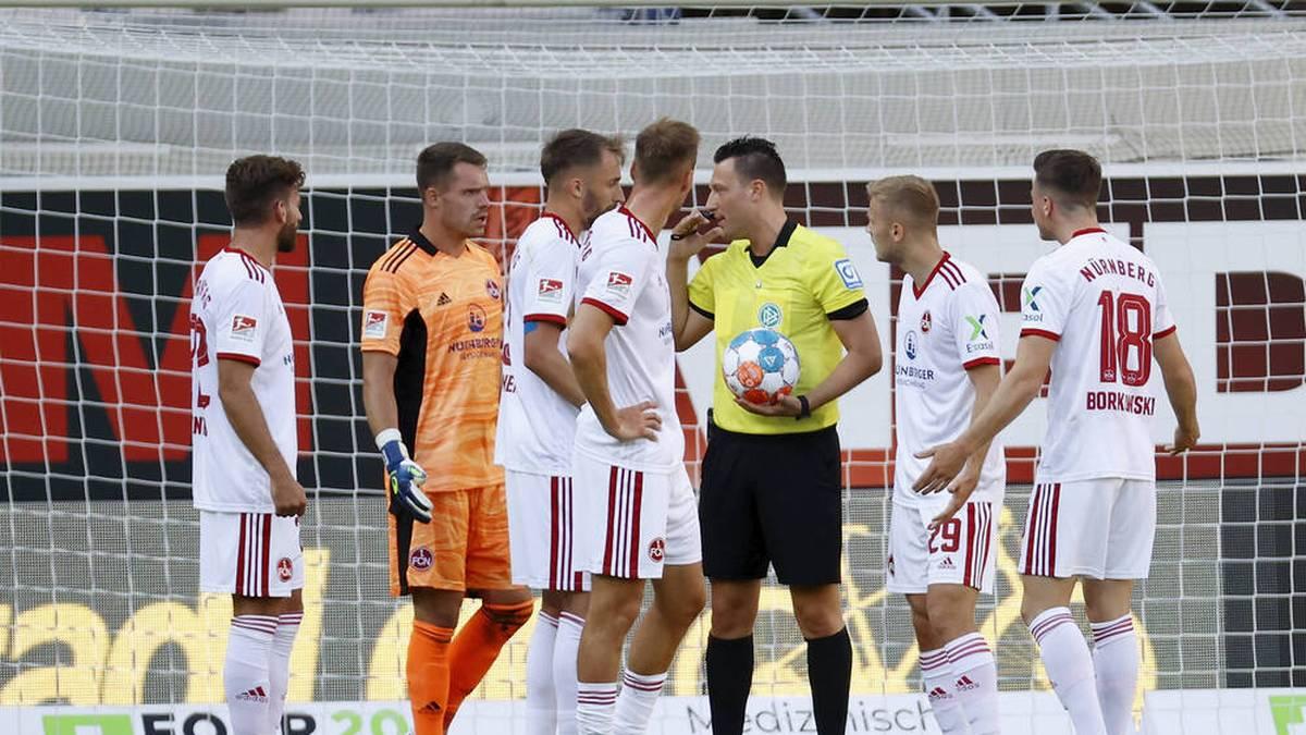 Nürnberg verpasst Comeback-Sieg - Traumstart des KSC
