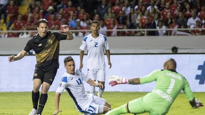 Bryan Oviedo (l.) traf bei Costa Ricas Auftaktsieg beim Gold Cup