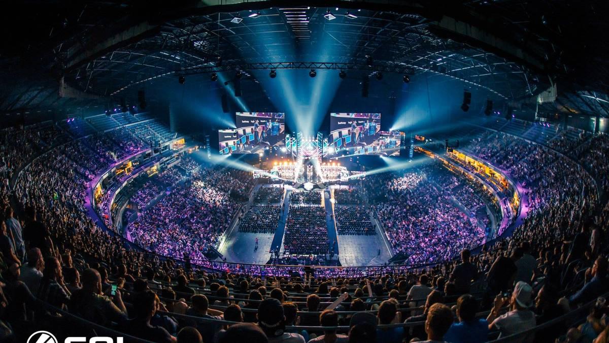 Lanxess Arena - Köln - 18.000 Sitzplätze