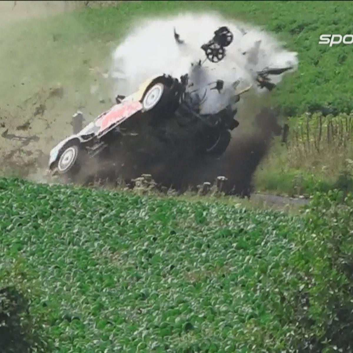 Horror-Crash! Dieser Rallye-Unfall endet mit einem Wunder