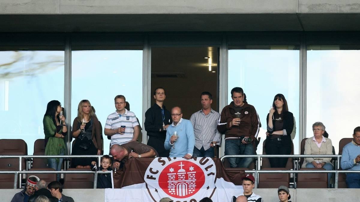 Nur der  FC St. Pauli plant eine Frauenquote