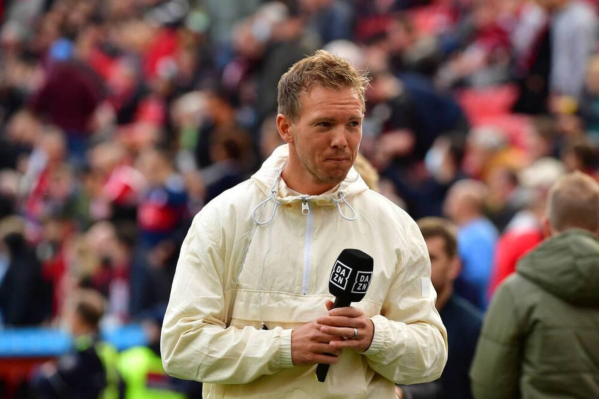 Diskussionen um den ungeimpften Joshua Kimmich sorgen für Wirbel beim FC Bayern. Mit dem Pokalspiel bei Gladbach stehen die Münchner auch sportlich im Fokus. Die Pressekonferenz zum Nachlesen.