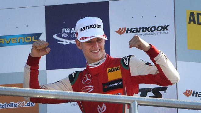 Motorsport: Ross Brawn vergleicht Mick Schumacher mit Vater Michael Schumacher, Mick Schumacher gewann in der letzten Saison den Titel in der Formel 3