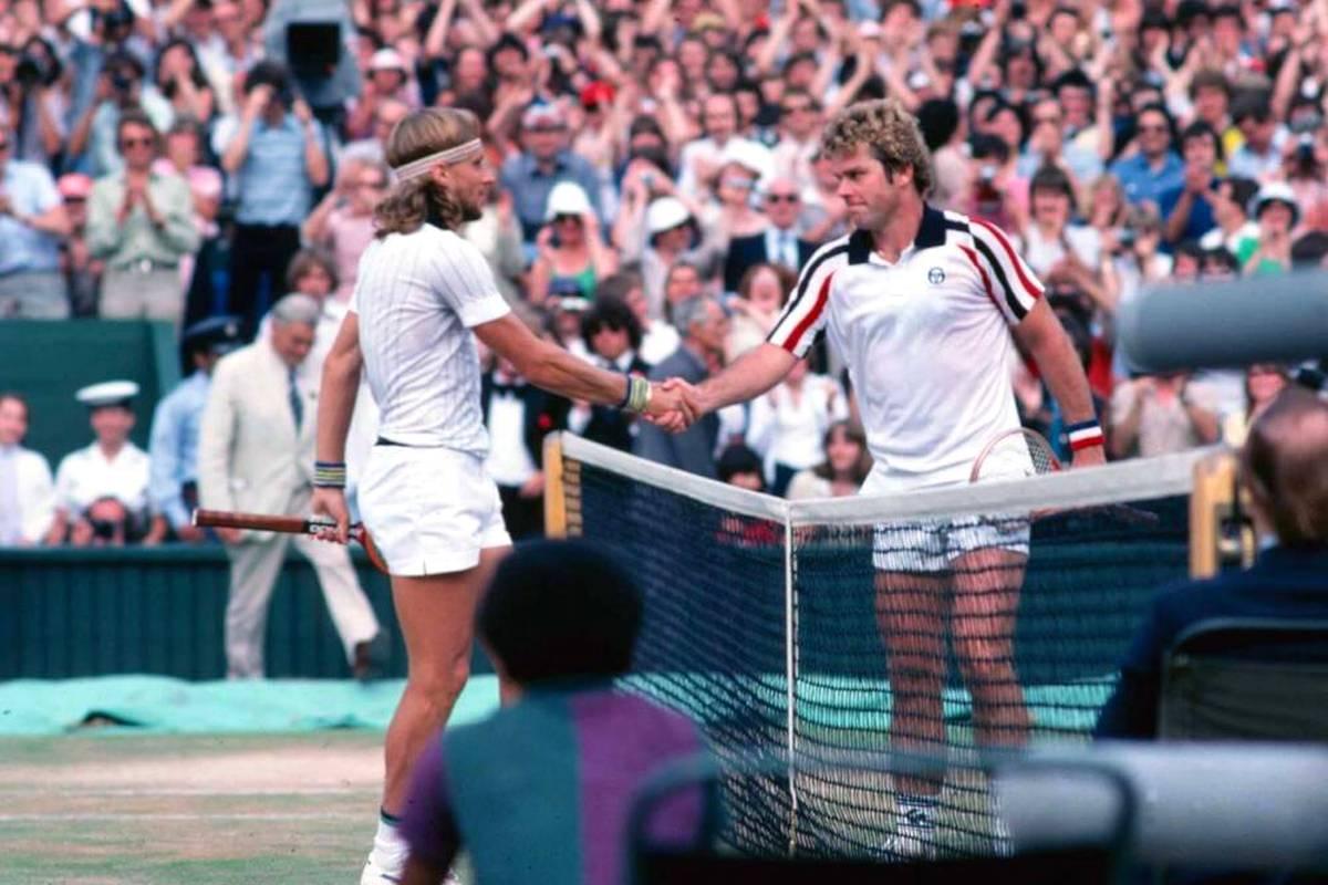 Mit seinen Raketenaufschlägen treibt Roscoe Tanner sogar Björn Borg in Wimbledon bis an den Rande einer Niederlage. Doch abseits der Karriere handelt sich der US-Amerikaner eine Menge Ärger ein.