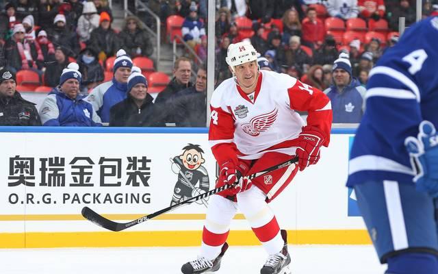 2017 Rogers NHL Centennial Classic Alumni Game - Detroit v Toronto