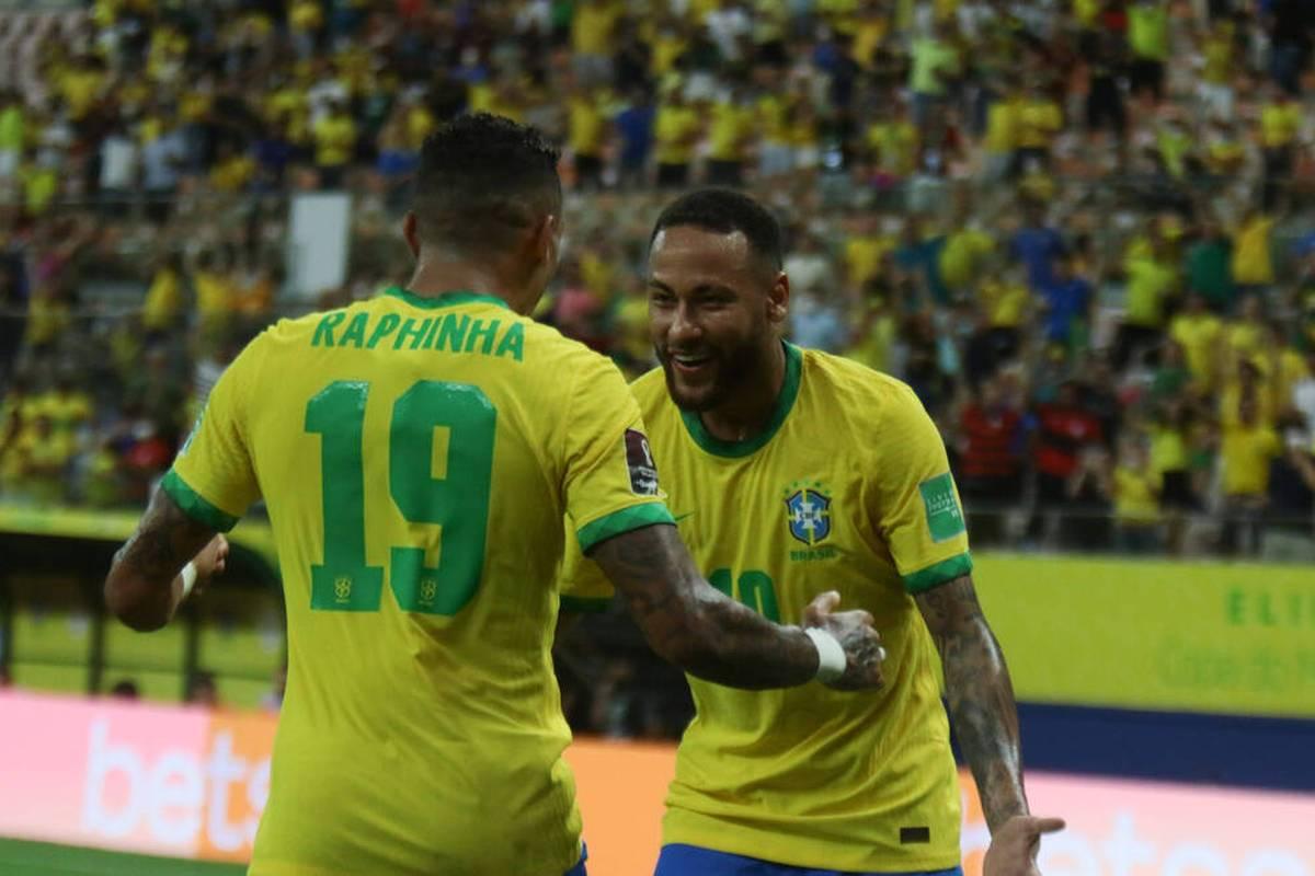 Raphinha stiehlt Neymar beim Sieg der Selecao in der WM-Quali ein wenig die Show. Auch Argentinien gewinnt, hat aber gegen einen Ex-Schalker Dusel.