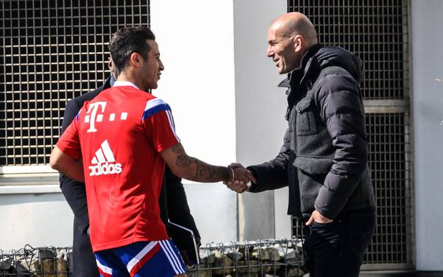 Thiago spricht über ein mögliches Engagement von Zinedine Zidane beim FC Bayern