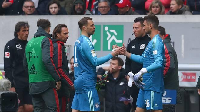 Manuel Neuer muss bei Fortuna Düsseldorf ausgewechselt werden