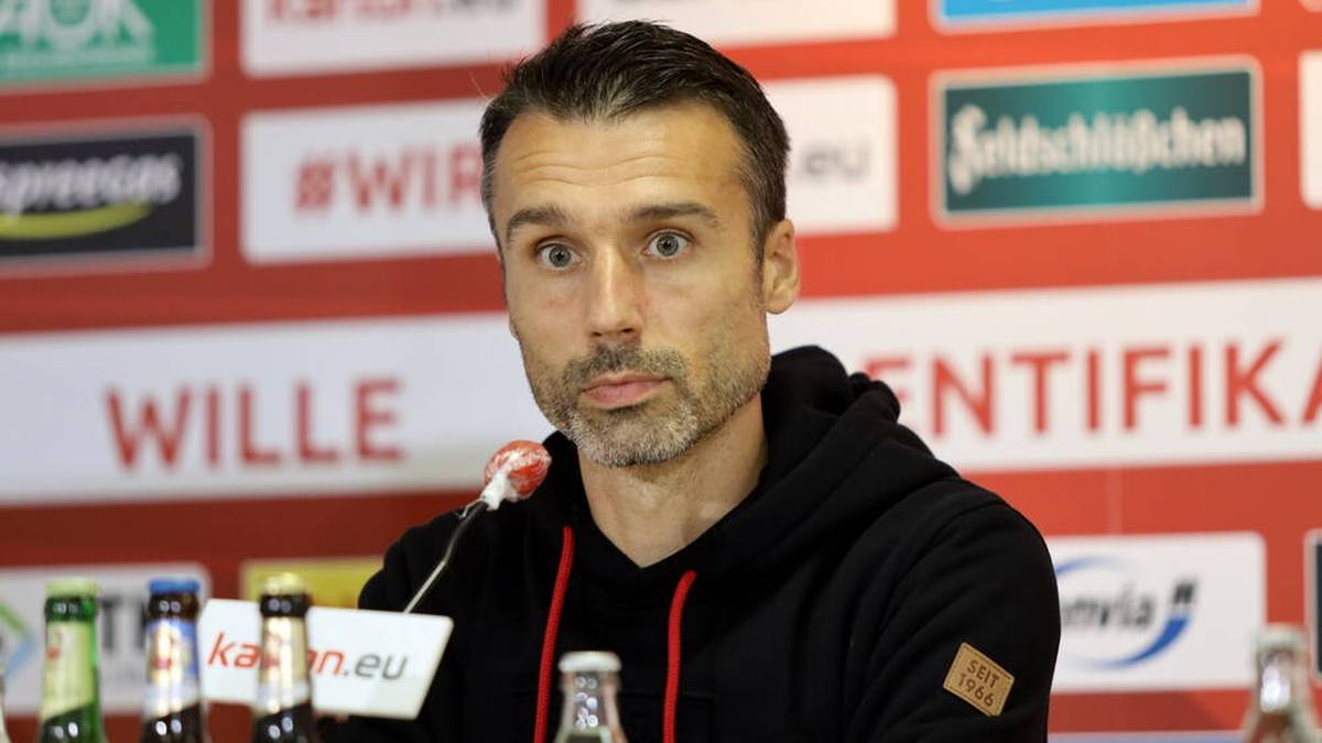 Nach drei Saisonspielen: Cottbus stellt Trainer Abt frei