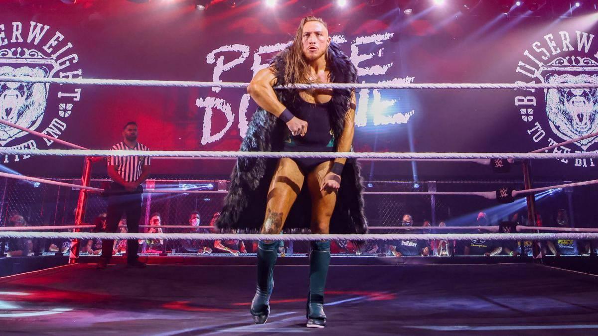WWE-Wrestler Pete Dunne bei der Show NXT