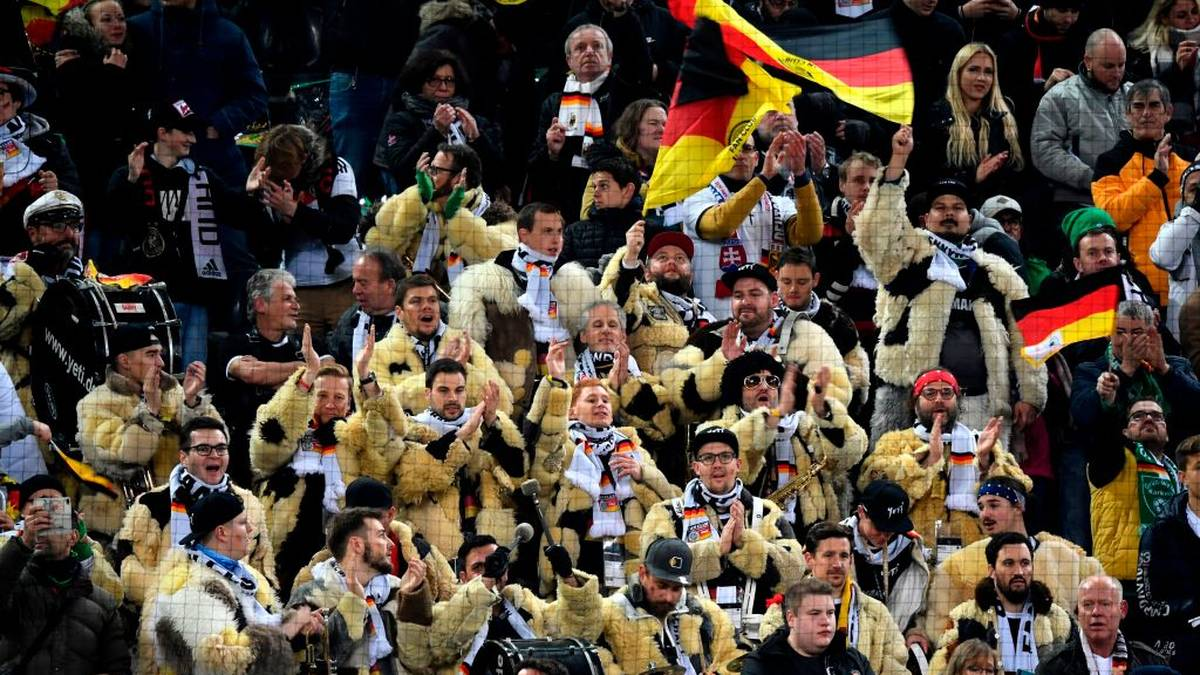 German supporters applaud before the start of the UEFA Euro 2020 Group C qualification football match between Germany and Belarus, on November 16, 2019 in Moenchengladbach. (Photo by INA FASSBENDER / AFP) (Photo by INA FASSBENDER/AFP via Getty Images)