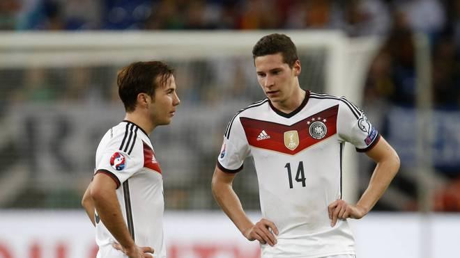 Mario Götze (l.) und Julian Draxler im Trikot der deutschen Nationalmannschaft