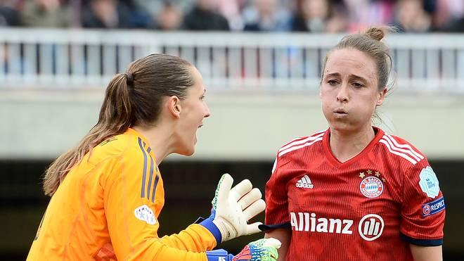 Fußball, Frauen: Gina Lewandowski verlässt den FC Bayern, Gina Lewandowski (rechts) kehrt in die USA zurück