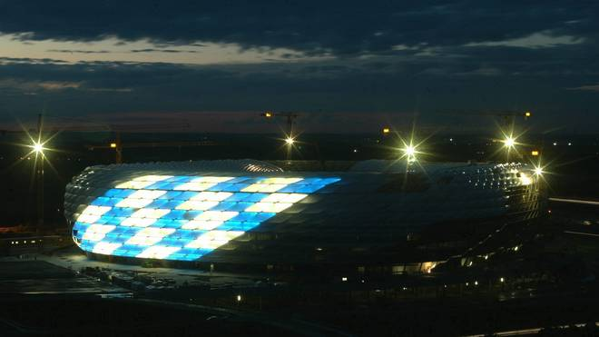Sportstaette/Stadion: Allianz Arena 2004, Beleuchtungseinweihung