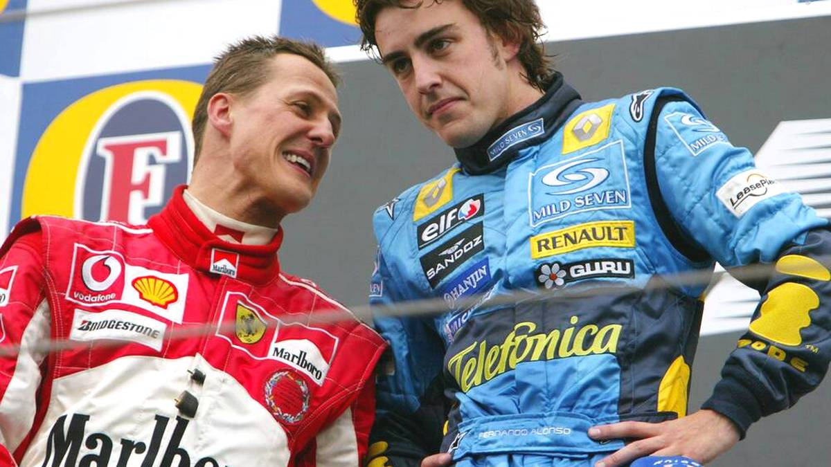 Michael Schumacher (l.) und Fernando Alonso lieferten sich harte Duelle in der Formel 1