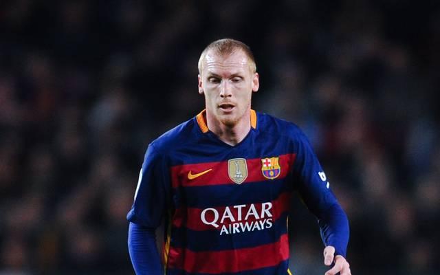 Jeremy Mathieu vom FC Barcelona hat sich schwer am Knie verletzt