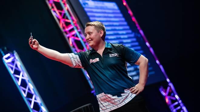 Martin Schindler zog bei der International Darts Open in die 2. Runde ein