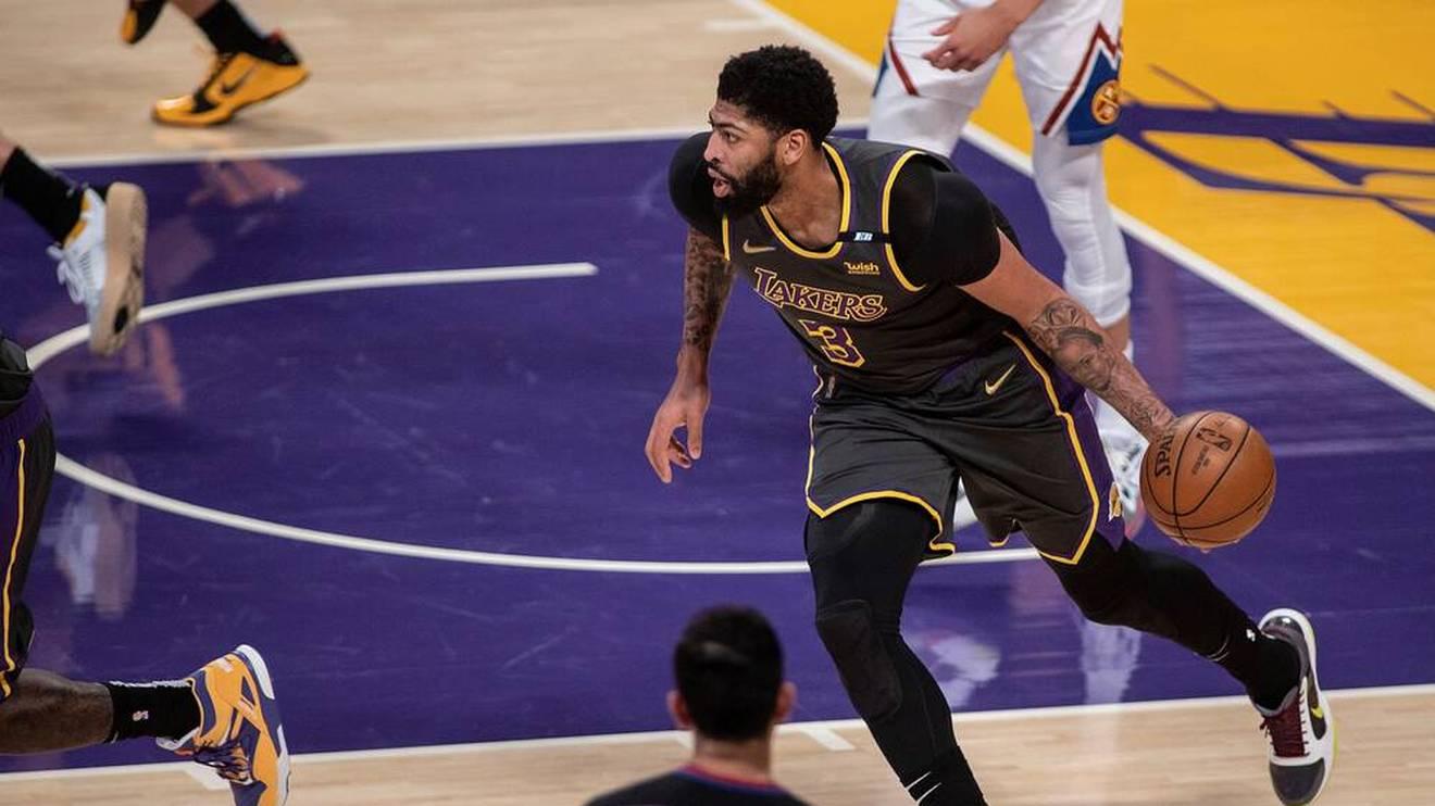 Anthony Davis führt die Los Angeles Lakers zum Sieg