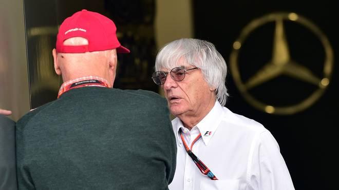 Bernie Ecclestone (r.) stört die Dominanz von Mercedes