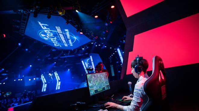 Hearthstone- und StarCraft-II-Profis treten im Zuge der Asian Games 2018 in Indonesien an