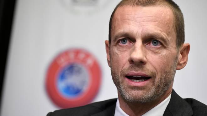 Fußball: UEFA-Präsident Aleksander Ceferin im Amt bestätigt, Aleksander Ceferin wurde erneut zum UEFA-Präsidenten gewählt