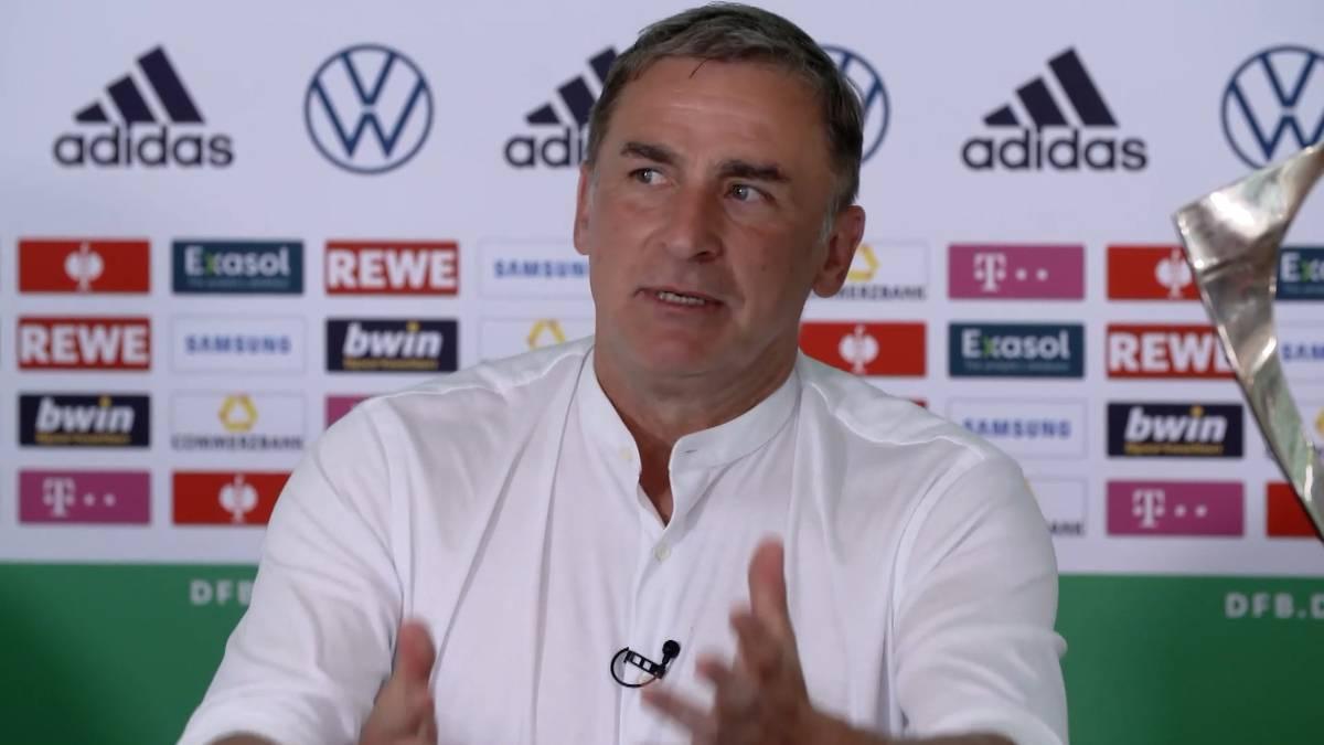 Stefan Kuntz gewinnt mit seiner U21 den zweiten Titel als Trainer. Auf der Pressekonferenz spricht der Titel-Trainer über seine Zukunft, will sich da aber noch nicht festlegen.