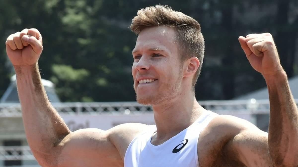 Rehm springt mit 8,62 m einen Weltrekord