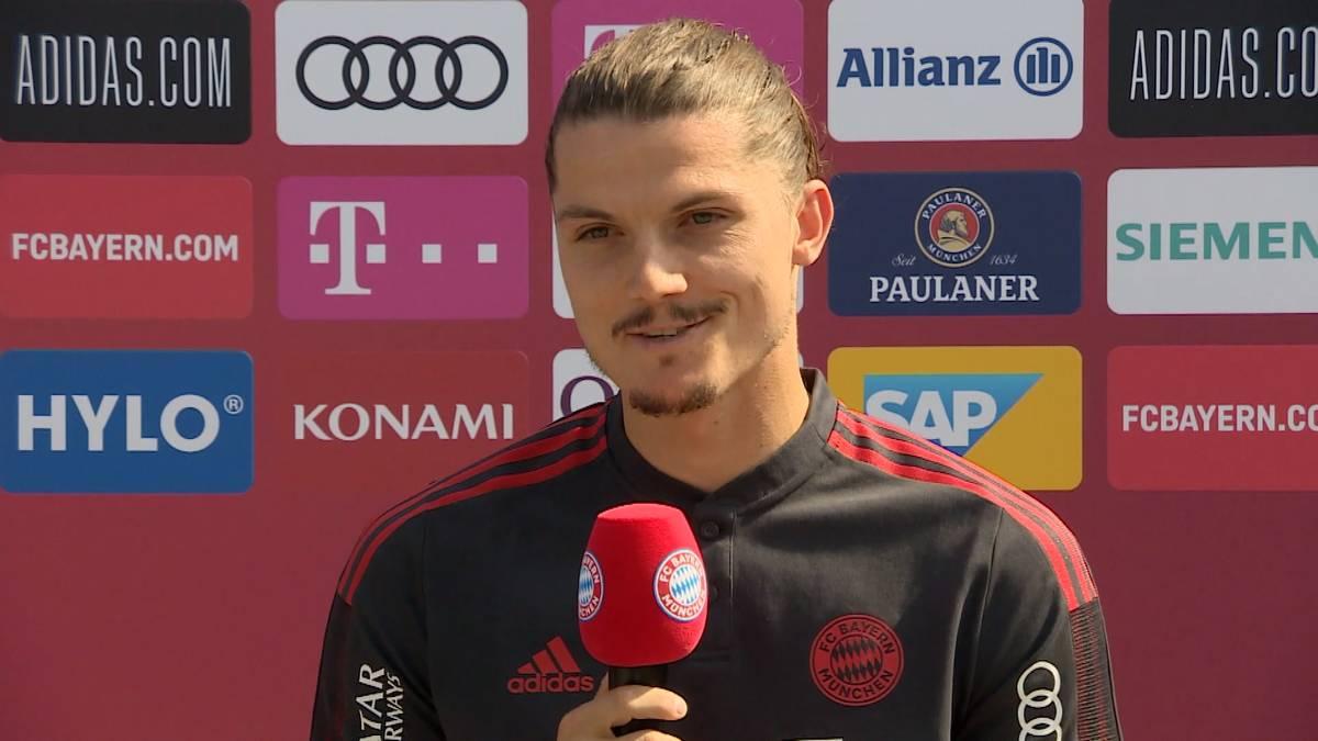 Marcel Sabitzer erzählt bei seiner Vorstellung beim FC Bayern von seinem ersten Probetraining mit 14 Jahren und spricht über seine Vorbilder in der Kindheit.