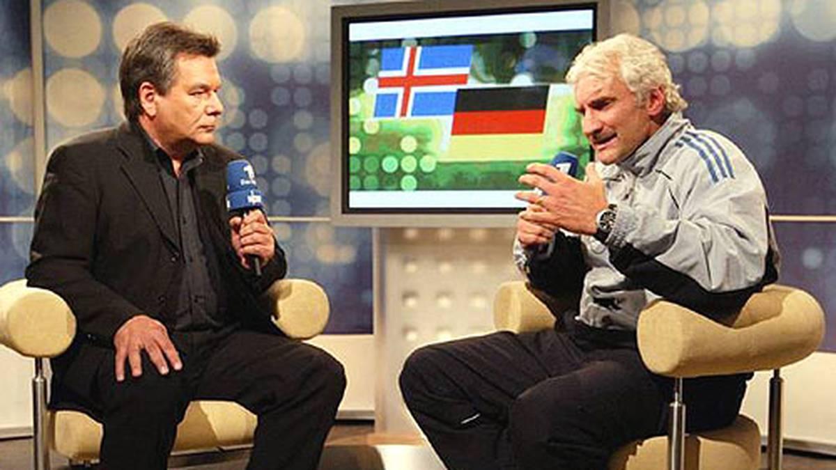 Nach dem 0:0 im WM-Qualifikationsspiel auf Island geht Völler auf die Medien los