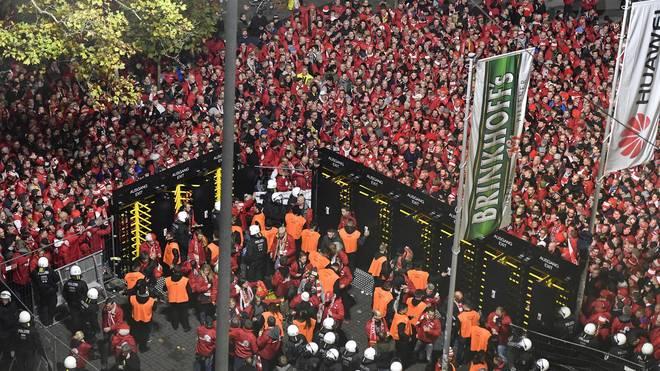Vor den Dortmunder Stadiontoren herrschte vor dem Spiel großes Gedränge