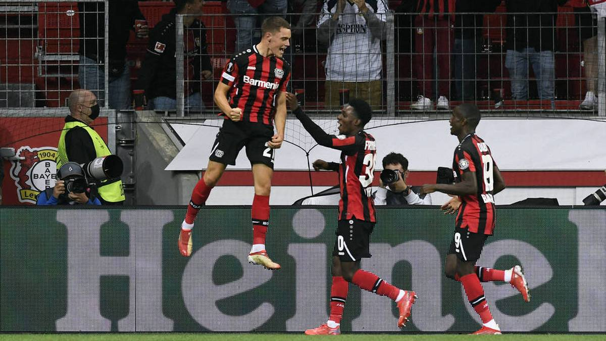 Wirtz trifft: Leverkusen müht sich zum Auftaktsieg