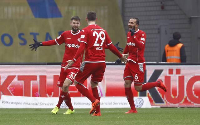 Lukas Spalvis (l.) traf doppelt für den 1. FC Kaiserslautern in Braunschweig