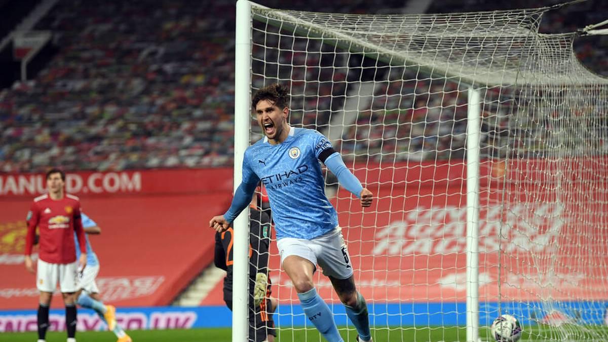 Manchester City setzt sich im Halbfinale des League Cups gegen Manchester United durch