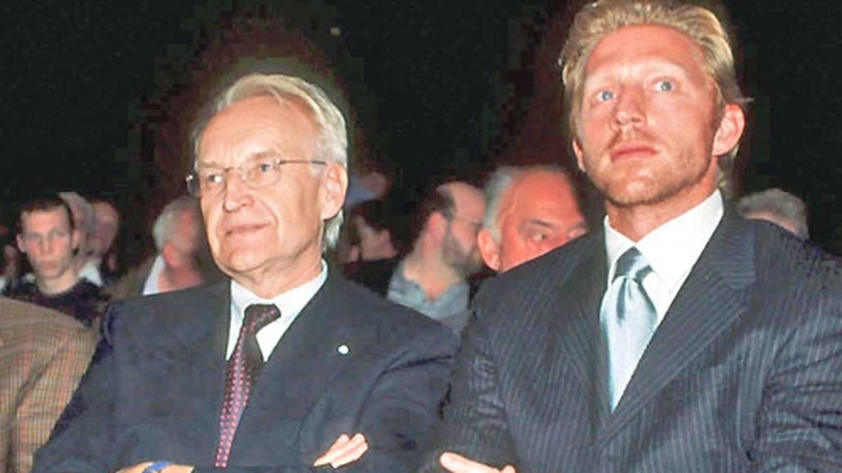 Wenn der FC Bayern ruft, kommen auch Prominente aus Politik und anderen Sportarten. Für Edmund Stoiber (l.) und Boris Becker sind Plätze in der vordersten Reihe reserviert
