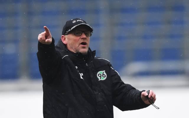 Thomas Schaaf leitet wieder das Training von Hannover 96