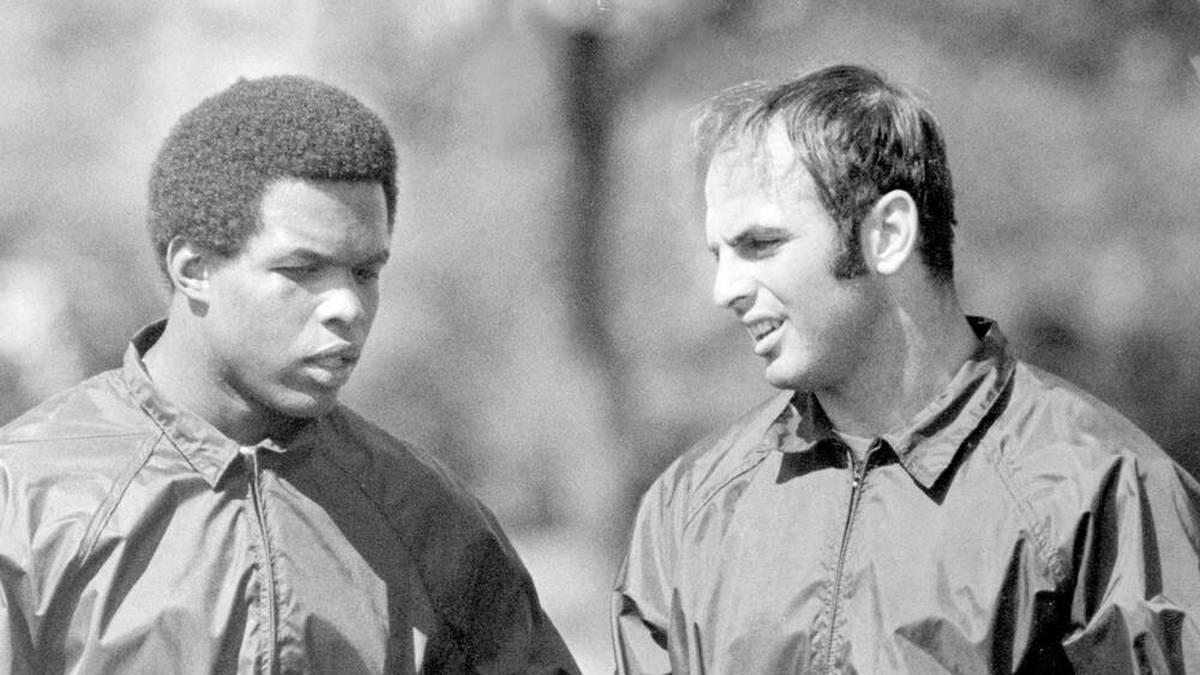 Gale Sayers und Brian Piccolo als Teamkollegen bei den Chicago Bears
