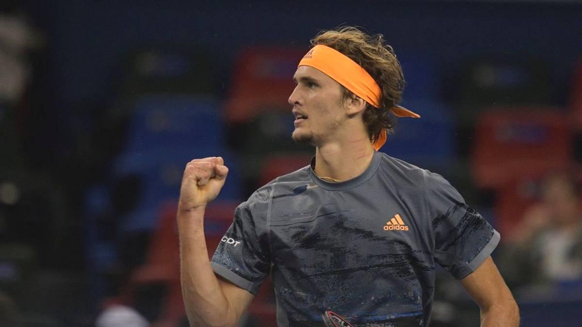 Alexander Zverev schlug Roger Federer