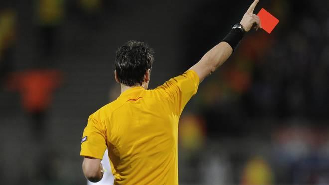 Der Schiedsrichter wurde von Paulo Torres beleidigt