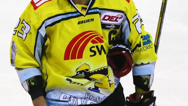 Krefeld Pinguine v ERC Ingolstadt - DEL