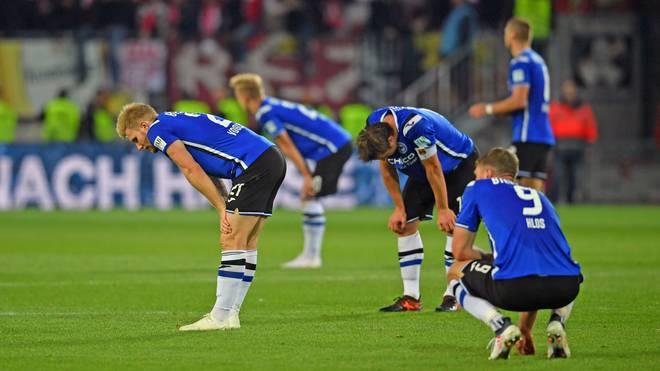 Bielefeld verliert nach Platzverweis und Elfmeter gegen den 1. FC Magdeburg