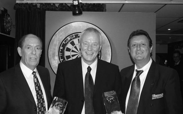 Eric Bristow (r.) wurde 2005 in die Hall of Fame aufgenommen